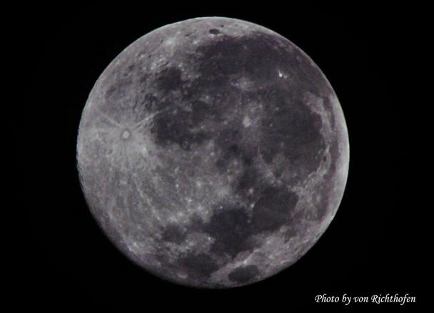 คืนนี้จันทร์เต็มดวงครั้งสุดท้ายของปี